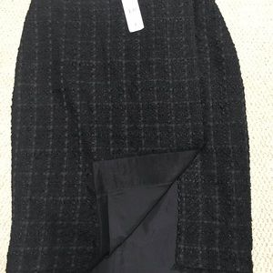 Ann Taylor tweed skirt size 2 new with tag
